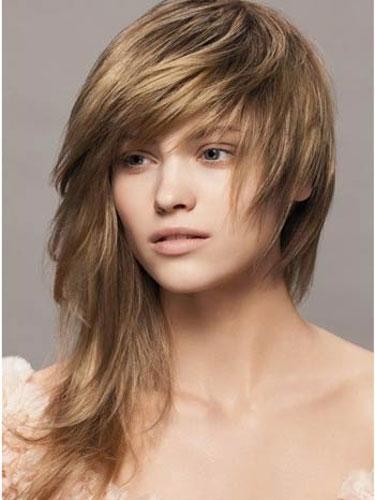 асимметричные прически на средние волосы фото 4