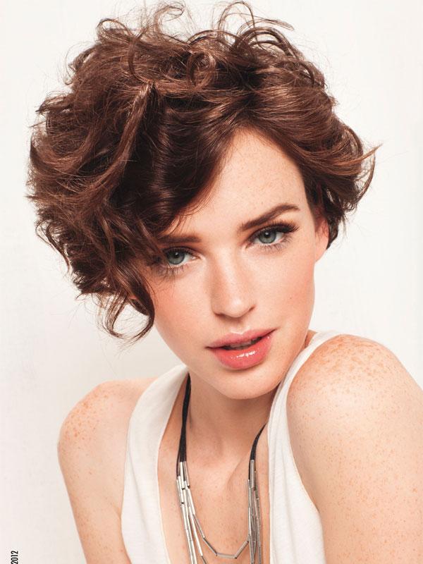 прически на средние волосы: тренды 2014 фото 4
