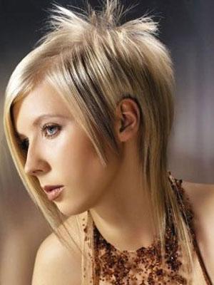 прически треш на средние волосы фото 2