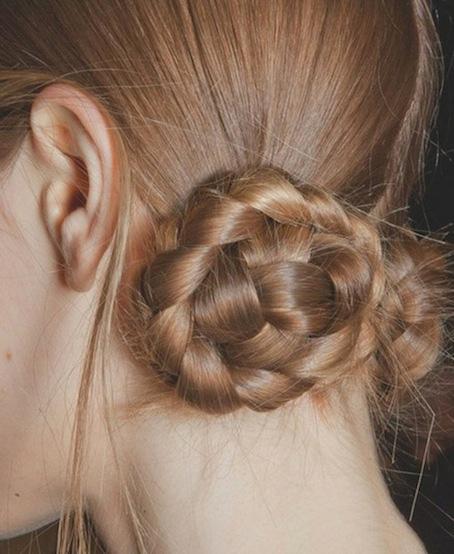 косички на средние волосы - фото 8