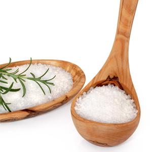 соль является отличным средством от выпадения волос